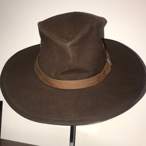 Australian outback trading co Hat